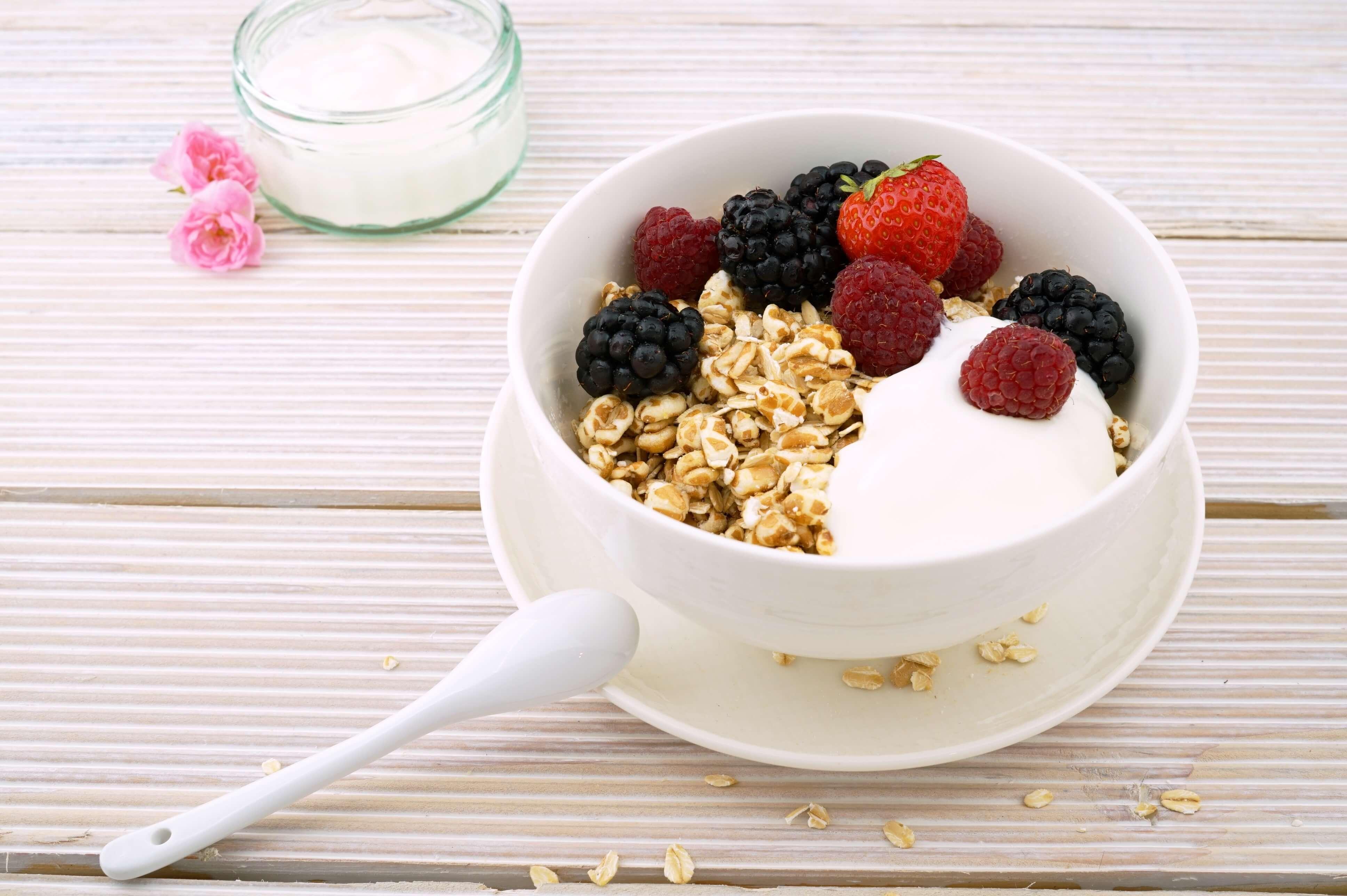 Овсяная каша на завтрак - польза или вред